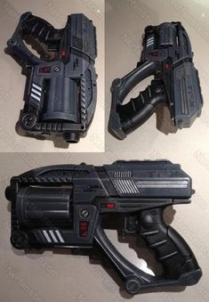 Fem Shep Cosplay - Mass Effect Predator Shuriken mashup blaster mod