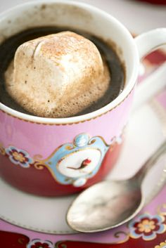 Hot chocolate - make the perfect hot chocolate every time! gluten and also dairy free if you want - by Jenn Oliver of Jenn Cuisine Homemade Hot Chocolate, How To Make Chocolate, Gluten Free Salad Dressing, Beverages, Drinks, Coffee Love, Dairy Free, Delish, Cow