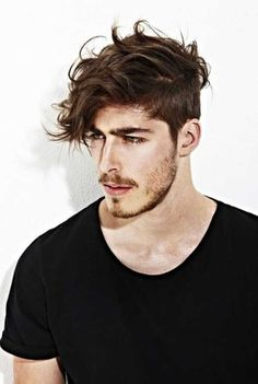 19.Hairstyles for Wavy Hair Men