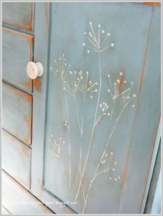 The best DIY projects & DIY ideas and tutorials: sewing, paper craft, DIY. DIY Furniture Plans & Tutorials : Easy way to paint flower stems, without a brush The Empty Nest: ~Paint… -Read Diy Furniture Plans, Furniture Projects, Furniture Makeover, Dresser Makeovers, Furniture Design, Chalk Paint Furniture, Hand Painted Furniture, Distressed Furniture, Painted Wardrobe
