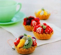 Fruit Tarts Amigurumi Cellphone Charms Free Japanese Crochet Patterns Download