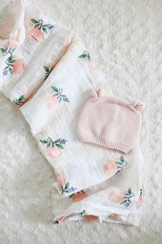 Baby goodies: http://www.stylemepretty.com/living/2015/10/29/little-bunny-baby-gift-box/