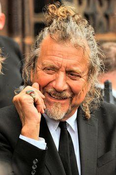 Robert Plant. aww love the hair!