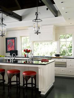 New kitchen colors with white cabinets red spaces Ideas Home Kitchens, Kitchen Remodel, Kitchen Design, Red Kitchen, Kitchen Decor, New Kitchen, White Kitchen Cabinets, Trendy Kitchen Colors, White Kitchen