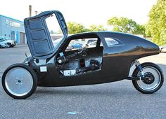 Raht Racer, el triciclo a pedales que alcanza los 100 km/h.