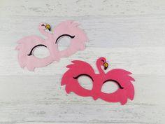Pink Flamingo Felt Party Mask - Birthday Halloween Celebration Party Bag Favor by AHeartlyCraft on Etsy Flamingo Birthday, Flamingo Party, Flamingo Costume, Safari Costume, Felt Mask, Ladybug Party, Girl Baby Shower Decorations, Halloween Celebration, Tropical Party