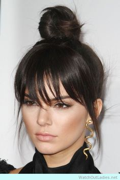 kendall's top bun style! Check now, ladies!
