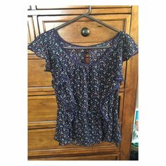 Floral top Cute sheer floral top with elastic and ruffle detailing Romy Tops Blouses