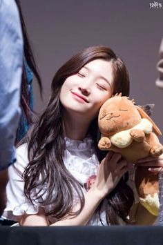 Image about k-pop in Chaeyeon (DIA) 🇰🇷 by lost Guys And Girls, Kpop Girls, Korean Beauty, Asian Beauty, South Korean Girls, Korean Girl Groups, Jung Chaeyeon, Choi Yoojung, Kim Sejeong
