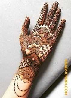 50 Most beautiful Front Hand Mehndi Design (Front Hand Henna Design) that you can apply on your Beautiful Hands and Body in daily life. Mehndi Designs Front Hand, Khafif Mehndi Design, Floral Henna Designs, Mehndi Designs Book, Latest Bridal Mehndi Designs, Mehndi Designs 2018, Mehndi Designs For Girls, Unique Mehndi Designs, Mehndi Design Photos
