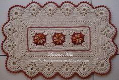 Tapete Retangular com três flores - Mesclado Barroco/Pioneiro - barbantepontocom