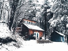 Your Guide to Preparing Your House for Winter | Design Swan Studio Mcgee, Cottage In The Woods, Cabins In The Woods, Grand Chalet, Residential Contractor, Snow Cabin, Chalet Design, Snow Forest, Huge Windows
