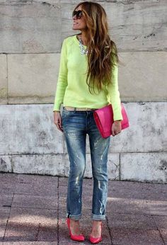 boyfriend jeans, tricolor Escada ballerina flats and matching straw clutch