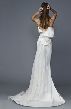 """The """"Flying Away"""" Antonio Riva Bridal Collection for 2017 nuptials is a melding of vintage Hollywood glamour and contemporary chic. Wedding Dress Styles, Designer Wedding Dresses, Bridal Dresses, Wedding Gowns, Bridesmaid Dresses, Lace Wedding, Hollywood Glamour, Vintage Hollywood, Bridal Collection"""