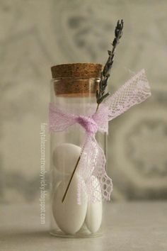 Lavender wedding favor ♡ ιδεα για μπομπονιέρα γάμου με θέμα την λεβάντα Wedding Favors, Party Favors, Wedding Gifts, Wedding Invitations, Wedding Day, Birthday Decorations, Wedding Decorations, White Day, Save The Date