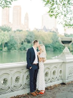 Engagement Pictures New York City Engagement Session City Engagement Photos, Engagement Photo Outfits, Engagement Photo Inspiration, Engagement Couple, Engagement Session, New York City, Photo Couple, Wedding Photography, Couples