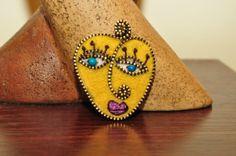Hand made felt and zipper brooch