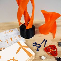 Printable Wind turbine powerbank by dagoma Building A Wind Turbine, Solar Power Facts, Alternative Energie, 3d Printed Objects, 3d Cnc, 3d Printer Filament, 3d Modelle, 3d Prints, 3d Printing