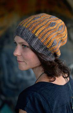 Korra sideways knit short row colourwork pattern