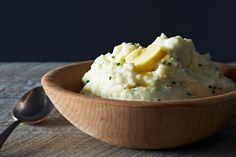Monica's Sour Cream and Chive Mashed Potatoes on Food52: http://food52.com/recipes/14497-monica-s-sour-cream-and-chive-mashed-potatoes. #Food52