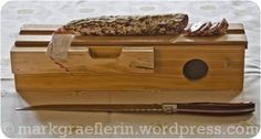 A new acquisition from France: Knife and Saucibox for Salami