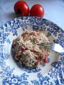 Dietetycznie-fantastycznie: Dietetyczna sałatka z wędzonej makreli i brązowego ryżu
