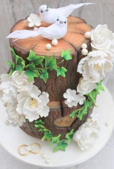 Pearl anniversary cake  by Lynette Brandl - http://cakesdecor.com/cakes/261407-pearl-anniversary-cake