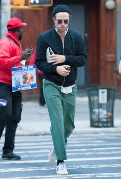 fb32cb37a505b The Best Dressed Men Of The Week  Robert Pattinson in NYC.  bestdressedmen