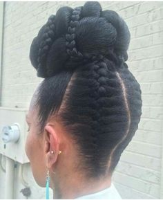 African Hair Braiding : protective hair styling ideas with braided hair – Beauty Haircut Black Ponytail Hairstyles, French Braid Hairstyles, African Braids Hairstyles, Braided Ponytail, Cornrows Updo, Bun Updo, Simple Hairstyles, Dreadlock Hairstyles, Protective Hairstyles
