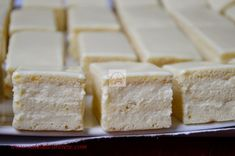 Prajitura Alba ca zapada - CAIETUL CU RETETE Feta, Dairy, Food And Drink, Cooking Recipes, Cheese, Sweet, Desserts, Amazing, Gourmet