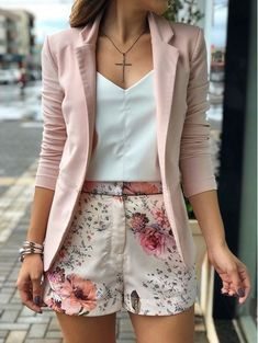 casual women work outfits for summer 13 Classy Outfits, Chic Outfits, Fashion Outfits, Womens Fashion, Fashion Tips, Blazer Fashion, Woman Outfits, Fashion Websites, Hijab Fashion