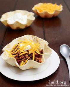 Chili in Tortilla Bowls #lmldfood #easydinner