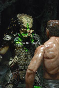 NECA Predator Exclusive Action Figure 2-Pack Predator vs Dutch Arnold Schwarzenegger 2 IN 1 PVC Model Set