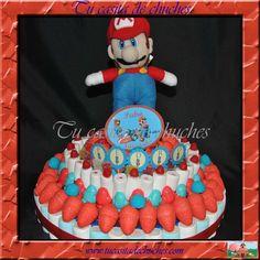 Tarta cumple de chuches 3 pisos con peluche Mario Bros