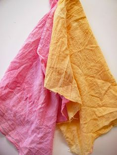 how to dye fabric using natural ingredients (e.g. beets or tumeric!)