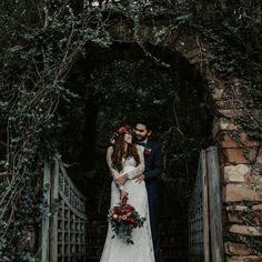 "Brenda Alanís | Photographer's Instagram profile post: ""Vero & David ❣️ . . . #photographer #mexico #nuevoleon #mty #monterrey #bodasmty #mexicanphotographer #weddingday #weddingphotography"" David, Mexico, Wedding Day, Instagram, Wedding Photography, Portrait, Couple Photos, Couples, Model"