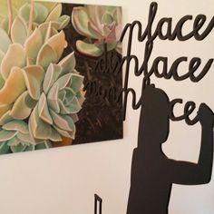 Woestynrosie (painting) by Susan Grundlingh and a sculpture by Jaco Sieberhagen at Huisie Boompie Stroompie exhibition. Jaco, Sculpture, Frame, Painting, Beautiful, Picture Frame, Painting Art, Sculptures, Paintings