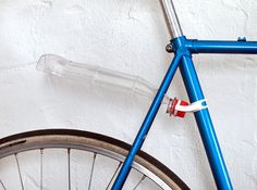 Bicycle Bottle Fender Mount by MichaelMueller on Shapeways. Learn more before you buy, or discover other cool products in Maker/DIY. Reuse Plastic Bottles, 3d Printed Objects, Urban Bike, Cycling Accessories, 3d Prints, Vintage Bikes, Deco, Life Hacks, Fixed Bike
