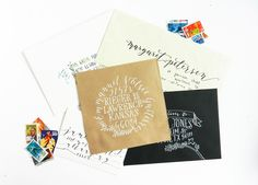Learn 5 unique ways to address an envelope. This tutorial is inspirational whatever your skill level! Break out a pen and pretty up a mailbox today! Calligraphy Worksheet, Learn Calligraphy, Calligraphy Letters, Caligraphy, Modern Calligraphy, Calligraphy Classes, Calligraphy Handwriting, Diy Envelope, Envelope Design