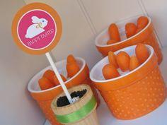 Mini Carrots in Dip*