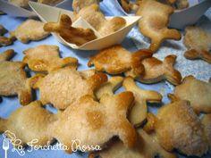 Biscotti a forma di pesce senza burro e senza uova