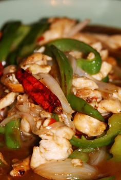 By Far the Best Thai Cashew Chicken You've Tried