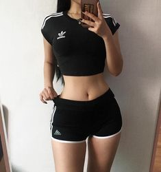Image about outfit in body goals ✨ by Teen Fashion, Korean Fashion, Fashion Outfits, Womens Fashion, Fashion Belts, Style Fashion, Daily Fashion, Summer Body Goals, Goal Body