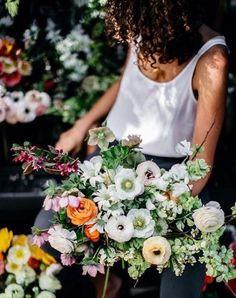 flower bunch & market finds | shadows & light