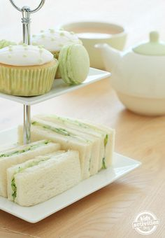 Patrick's Day Tea Party With Kids - A fun idea for a St. Patrick's Day tea party with your kids. A fun idea for a St. Patrick's Day - Tee Sandwiches, Light Sandwiches, Cucumber Tea Sandwiches, Finger Sandwiches, Gluten Free Cupcakes, Yummy Cupcakes, Rainbow Cupcakes, Themed Cupcakes, Tea Party Activities