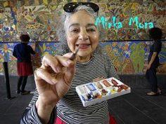 Mirka Mora - Triumph over Adversity Extraordinary People, Australian Animals, Naive Art, Aboriginal Art, Art Classroom, Beautiful Soul, Artist Painting, Art Techniques, Art Music