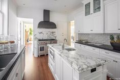 140 Sea Cliff Ave, San Francisco, CA 94121 | MLS #486348 | Zillow New Kitchen, Kitchen Decor, Sea Cliff, Wrap Around Deck, Wet Bars, Back Patio, Breakfast Nook, Building A House, Family Room