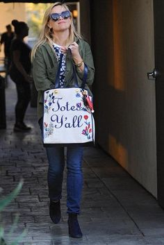 Reese Witherspoon wearing Draper James Heart Change Purse, Draper James Embroidered Totes Y'All Vanderbilt Tote and Dra[Er James Meadow Garden Lightweight Terry Tee