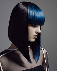 Love this style - Blue Hair by Neil Barton Creative Hairstyles, Cool Hairstyles, Black Hairstyles, Avant Garde Hairstyles, Choppy Hairstyles, Corte Y Color, Great Hair, Amazing Hair, Hair Art