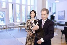 Sauli Niinistön ja Jenni Haukion koira Lennu päässee tutustumaan uuteen perheenjäseneen aivan lähiaikoina. Eläinlääkäri uskoo, että hyväluonteinen Lennu suhtautuu vauvaan ongelmitta.